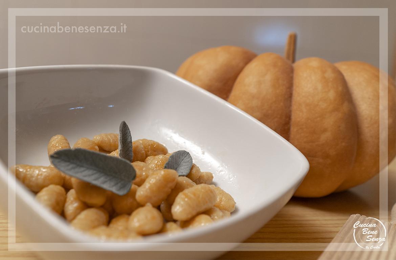 Ricetta Gnocchi Di Zucca Con Farina Di Quinoa.Gnocchetti Di Zucca Con Burro E Salvia